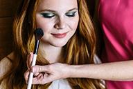 maquillage et manucure